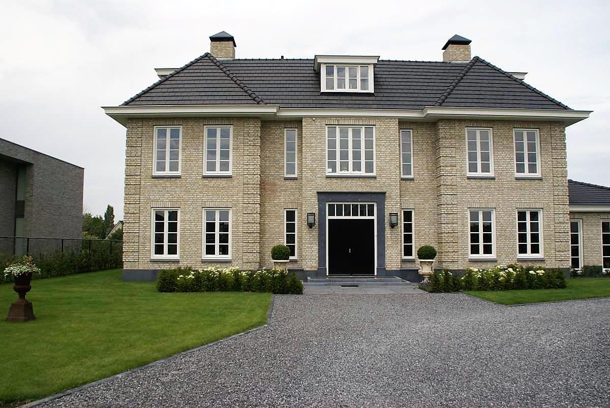 Villa –  Belgisch hardsteen