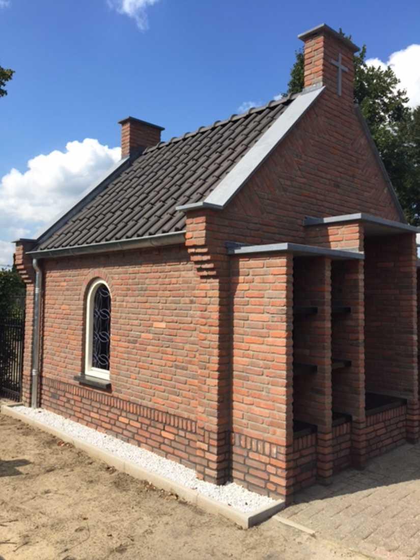 Nieuwbouw kapel/urnenmuur